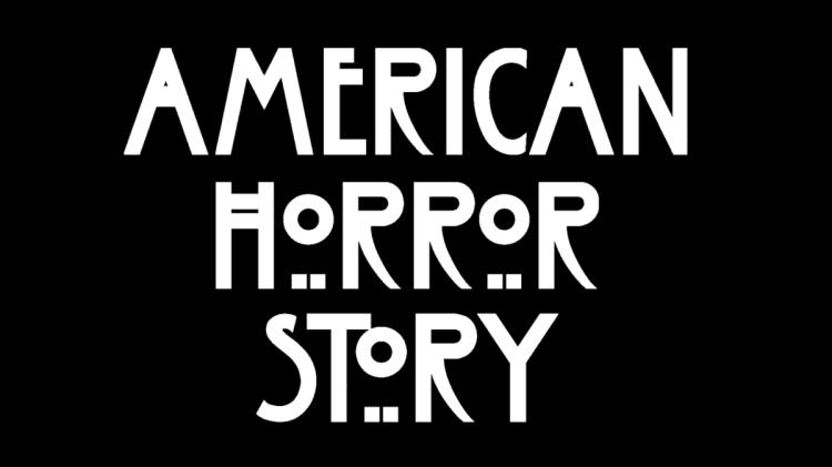 1200px-Ecran_Titre_d'American_Horror_Story